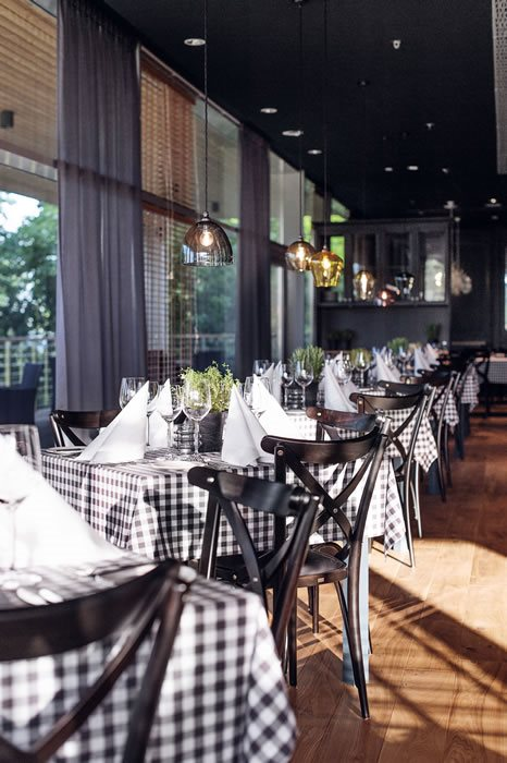Restaurant - Bentwood No. 150