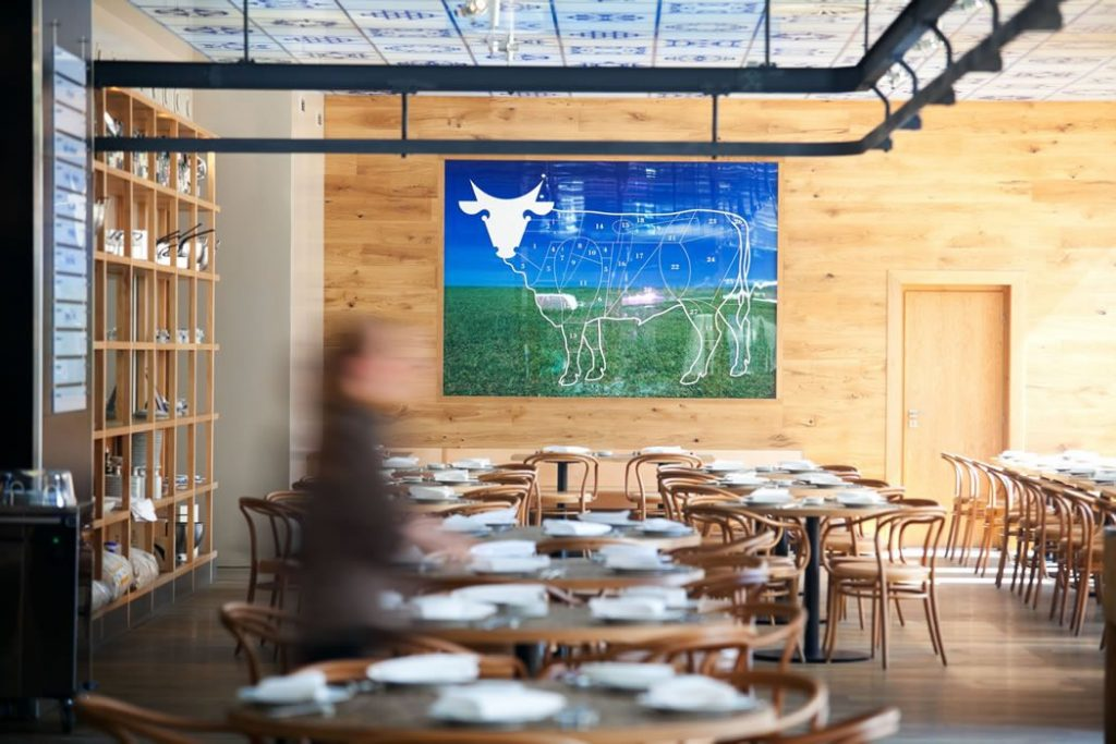Restaurant - Bentwood No. 30