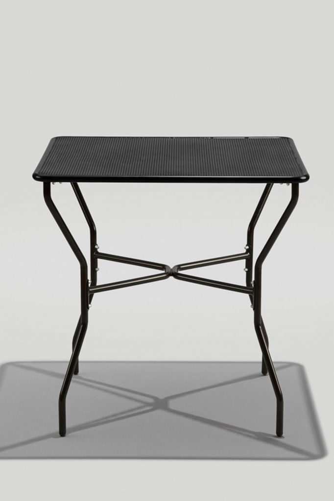 Opla Outdoor Square Table, Black